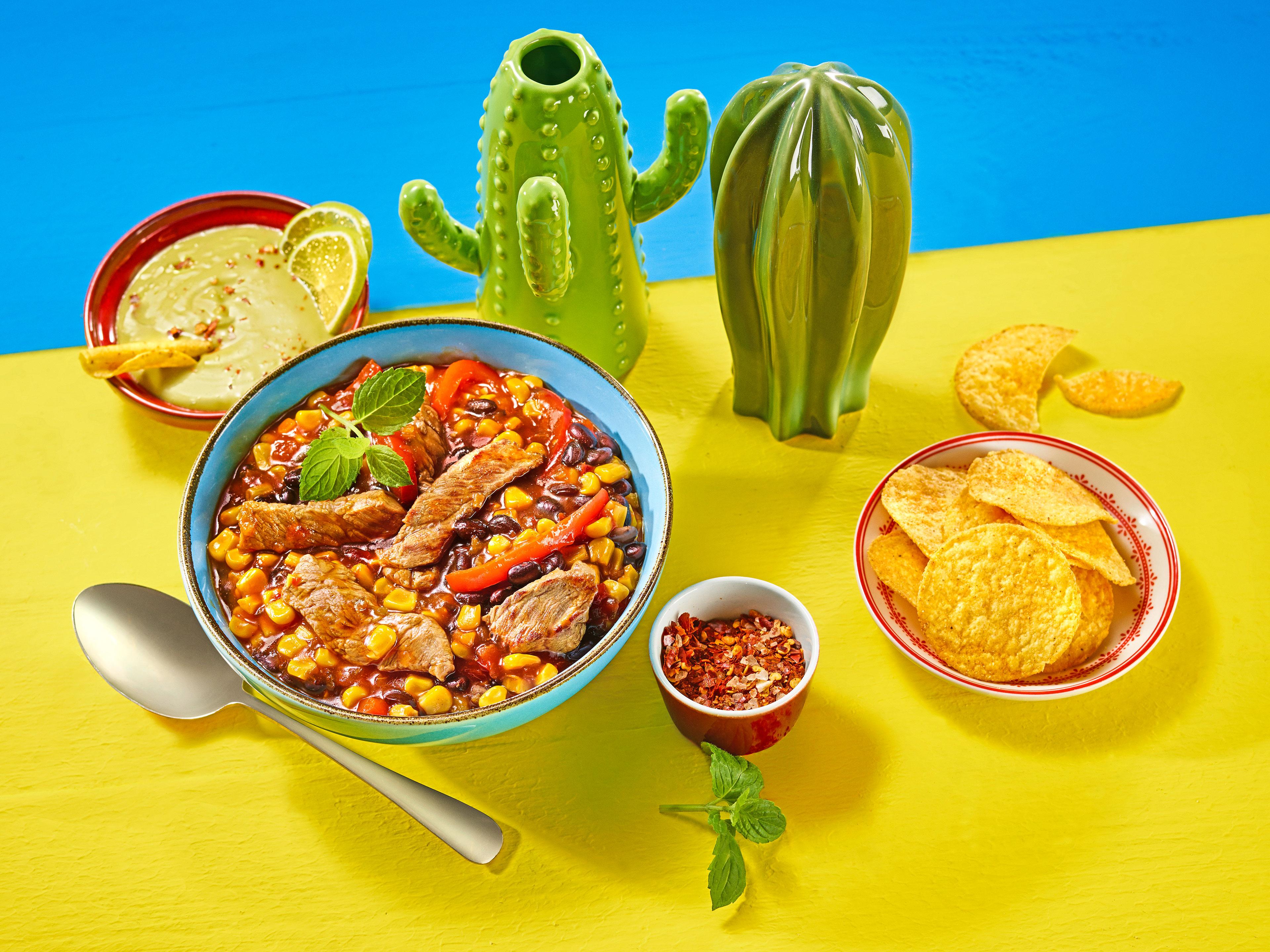 Meksykańska Potrawa Z Kukurydzą Fasolą I Stekiem